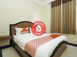 OYO 2680 Zeidan House Syariah, hotel near Juanda International Airport - SUB,