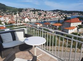 Apartments Frane, self catering accommodation in Hvar