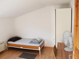 Rooms Busija, hotel in Izola