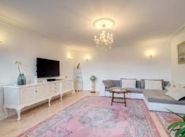 Sea & City 50 m Monte Casinno 100 m Beach Apartments Lux Sopot, self catering accommodation in Sopot