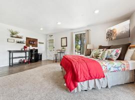 Sierra Sunrise- Yosemite and Bass Lake Getaway, apartment in Oakhurst