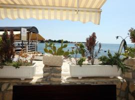 Sea view apartment Umag 2, apartma v Umagu