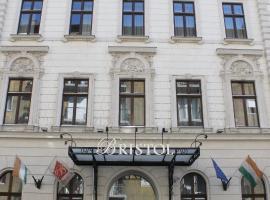 Hotel Bristol Budapest, hotel a Blaha Lujza tér metróállomás környékén Budapesten