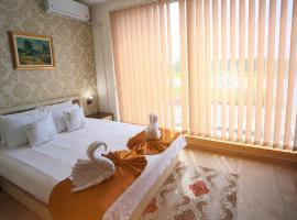 Garni Hotel Saradis, hotel in Kruševac