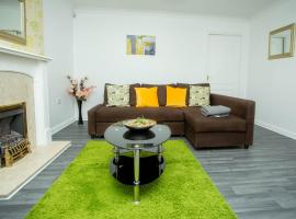 Manchester Airport ApartOtel, vacation home in Manchester