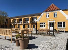 Kallehavegaard Badehotel, hotel i Løkken