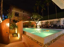 Florence Villa Hue, hotel with jacuzzis in Hue