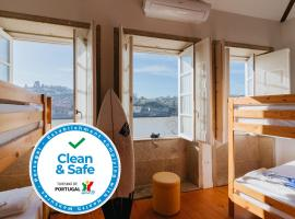 Happy Porto Hostel & Apartments, vandrehjem i Porto