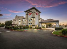 Hampton Inn Oakland-Hayward, hotel near Oakland Coliseum, Hayward