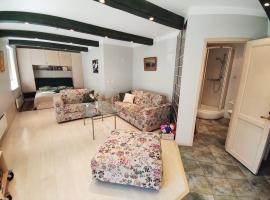 Arte Apartment, apartment in Kuressaare