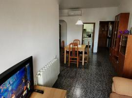 Near Maresme Forum Apartment, hotel near Besos Metro Station, Barcelona