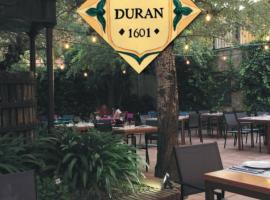 Cal Duran, hotel cerca de Campo de Golf Port del Compte, Esparreguera