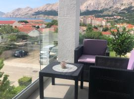 King's Apartment, pet-friendly hotel in Baška