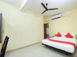 OYO Flagship 30106 Prafulla Devi Guest House Rajarhat Chomatha, hotel near Netaji Subhash Chandra Bose International Airport - CCU, Kolkata