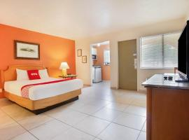 OYO Waterfront Hotel- Cape Coral Fort Myers, FL, hotel in Cape Coral