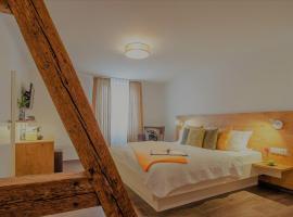 Adler 1604 Boutique Hotel mit Restaurant im Schwarzwald, hotel en Schiltach