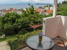 Thea-tro Apartments: Limenas'ta bir otel