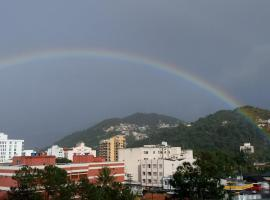 Cobertura com vista espetacular e ótima localização, apartment in Teresópolis