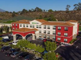 Holiday Inn Express & Suites - Lake Forest, an IHG Hotel, hotel in Lake Forest