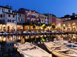 Hotel Piroscafo, hotel in Desenzano del Garda