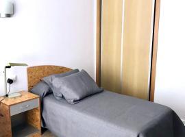 Residencia MiCampus Burjassot, hotel near Feria Valencia, Burjassot
