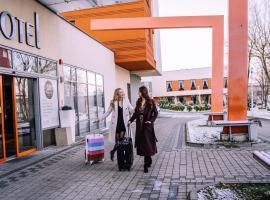 Hotel Dębowiec – hotel w pobliżu miejsca Ośrodek narciarski Czyrna-Solisko w Bielsku Białej