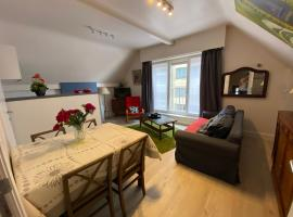 Apartment Van Hecke, beach hotel in Blankenberge