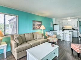 Beachfront Resort Condo with Pool-View Balcony!, apartment in Myrtle Beach
