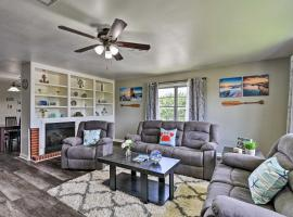 Spacious & Modern Family Apartment in Galveston!, apartment in Galveston