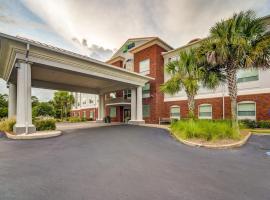 Holiday Inn Express Hotel & Suites Foley, an IHG Hotel, hotel in Foley