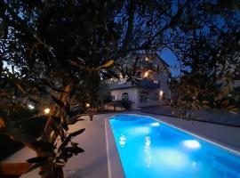 Apartmani Lucante, hotel in Split