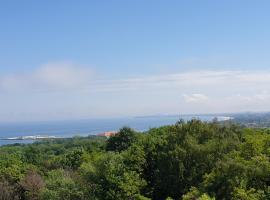 Sea View - Apartament z widokiem, hotel in Sopot