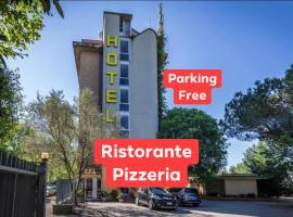 Hotel Real Ristorante e Pizzeria PARKING FREE !!!, hotel in Florence