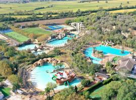 Hotel Clipper & Villas, resort in Torroella de Montgrí