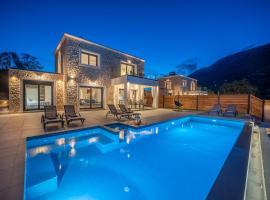 Diosas Luxury Villas - BRAND NEW!!, villa in Andipáta