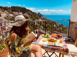 Lucy's house - comfortable apartment in Amalfi, apartment in Amalfi