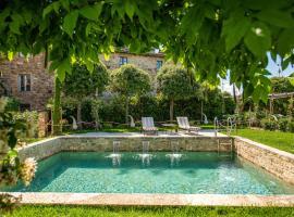 Hotel Palazzo del Capitano Wellness & Relais - Historic Luxury Capitano Collection, отель в городе Сан-Квирико-д'Орча