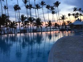 Luxury penthouse portobello, spa hotel in Santo Domingo