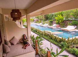 Mango Lodge, hotel in Selong Belanak