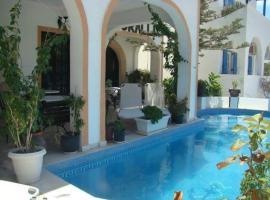 Hotel Koralli, hotel in Kamari