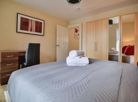 1 Bedroom Serviced House /Apartment - Adelaide Apartment, apartment in Luton