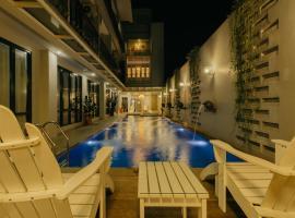 Urbanest Inn House TB Simatupang, hotel in Jakarta