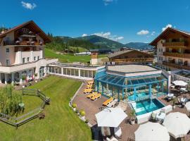 Hotel Vierjahreszeiten, hotel ve Flachau