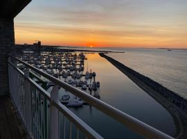 luxe modern ruim zeezicht appartement breskens zeeland, vakantiewoning in Breskens