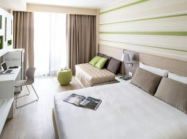 Enjoy Garda Hotel, hotel a Peschiera del Garda