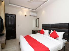 OYO Flagship 48283 Hotel Madhurapuri, hotel near Calicut International Airport - CCJ, Kozhikode