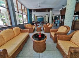 Subhamitra Hotel Hua Hin, hotel in Hua Hin