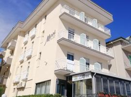 Hotel Morri, hotel near Bellaria Igea Marina Station, Bellaria-Igea Marina