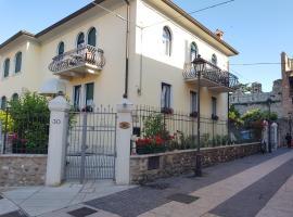 Hotel Villa Cansignorio, hotel in zona Gardaland, Lazise