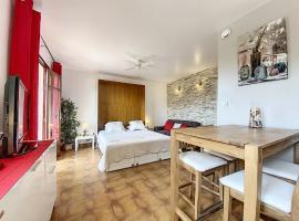 Studio - St Cyr - Provence Village 2pers, hotel in Saint-Cyr-sur-Mer